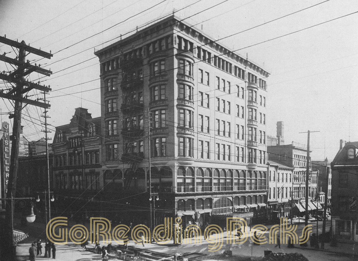 Pomeroy's Department Store Annex, 1901