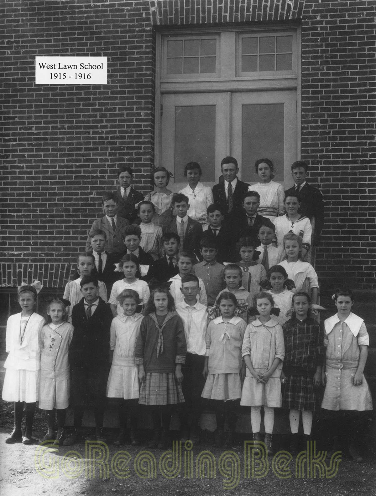 West Lawn School, 1915-1916