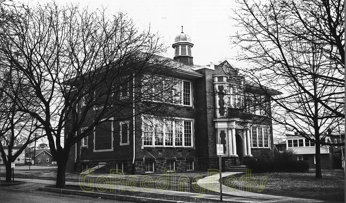 West Lawn Elementary School, 1957