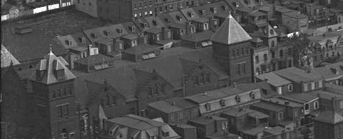 1922 Aerial View of 10th and Windsor Market