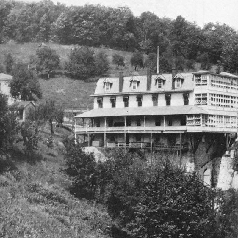 Centennial Springs Hotel