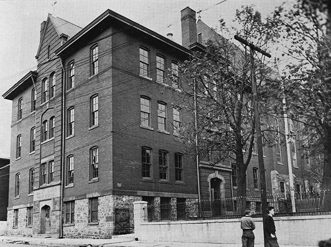 First St. Mary's School (1904)