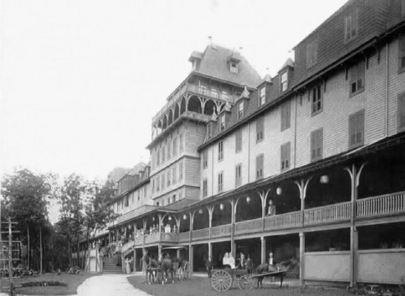 Neversink Mountain Hotel