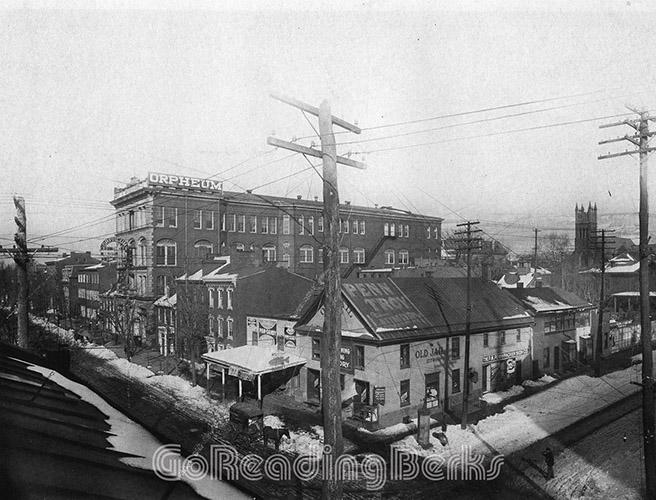 Northeast Corner of Fifth and Washington Streets