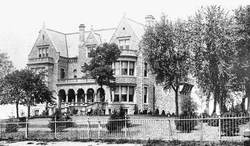 Stirling Mansion at 1120 Center Avenue